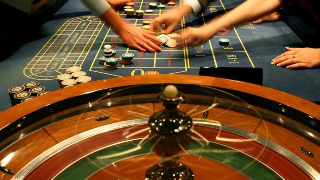Solverde fecha Casinos Físicos